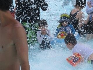 0815-06-pool.jpg