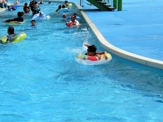 0820-11-pool.jpg