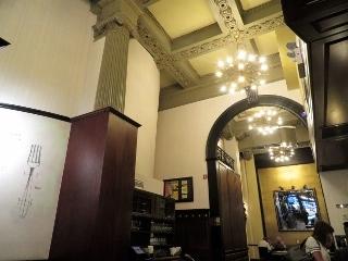 1020-11-hotel.jpg